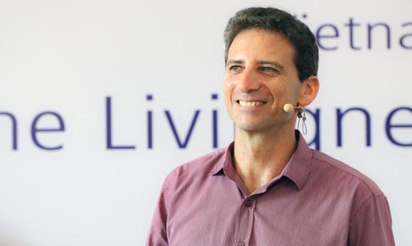 Serge Benhayon   Founder of Universal Medicine, Author, Presenter, Practitioner of Esoteric Philosophy